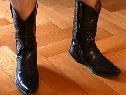 Clappingmusicsantiag_VincentKohler santiag cowboy boots